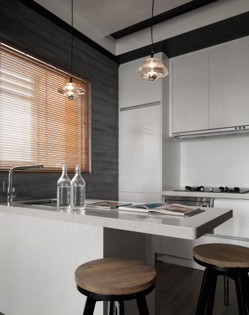 窄短一字型厨房最省空间